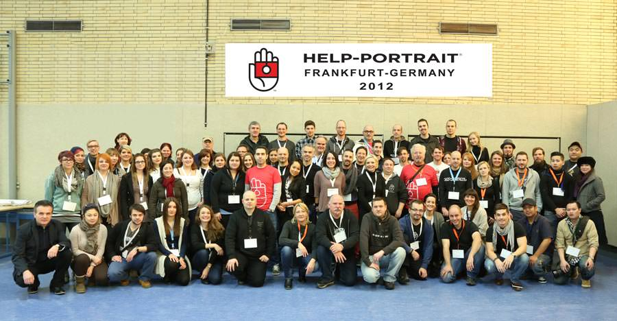 help-portrait-team-2012_1